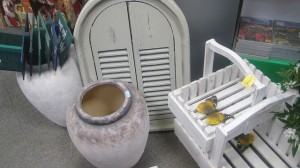 shabby chic garden furniture