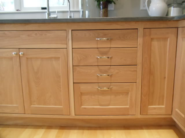 The best types of wood for building cabinets the basic for Birch wood kitchen cabinets
