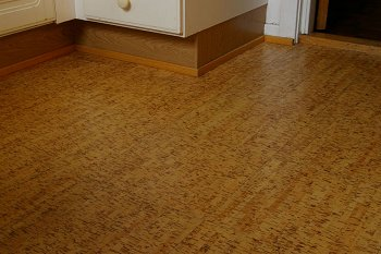 Pros and cons of hardwood vs bamboo and cork flooring for Cork vs bamboo flooring