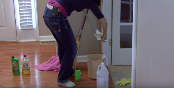 How To Clean Hardwood Floors With Vinegar The Basic
