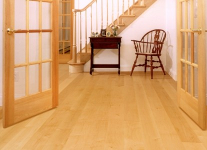 A guide to maple flooring pros and cons the basic - Pros and cons of hardwood flooring ...